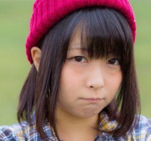 怒った女の子